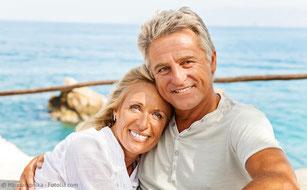 Fest sitzender Zahnersatz mit Implantaten: Gutes Gefühl!