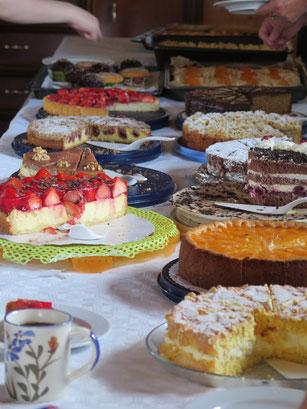 Das reichhaltige und abwechslungsreiche Kuchenbuffet