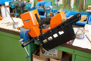 Reparatur und Instandsetzung von Nagelschussgeräten (Druckluft- und Gasdrucktechnik), Klammergeräten