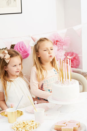 LONGUES BOUGIES ANNIVERSAIRE ROSES ET OR - PINK AND GOLD BIRTHDAY CANDLES