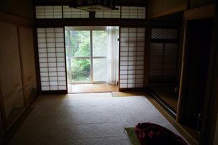 歴史ある門脇旅館、鳥取県日野郡江府町にある