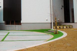 玄関アプローチ、駐車スペース