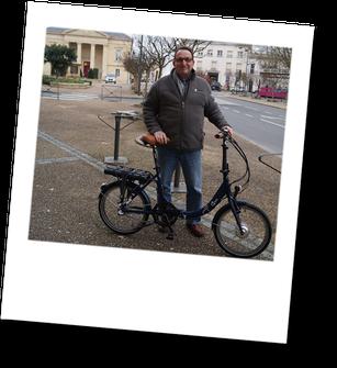 Apolo Cycles - location de vélos et motos