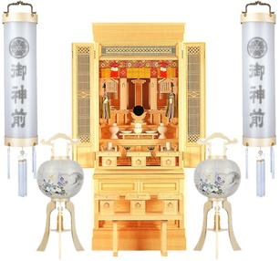 神道用提灯と神徒壇