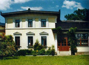 "In der ""Villa"" Agnes (Radebeul, Lössnitzgrundstrasse 2) fabulierte Karl May über ""Winnetou in Dresden""   (Foto: Heermann 2011)"