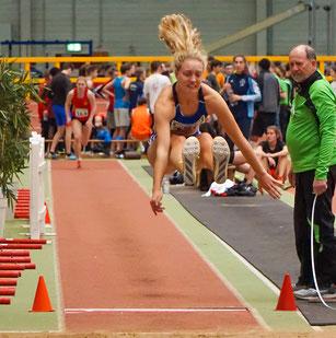 Hannah Schoofs sprang mit 5,34 Metern zur Vizemeisterschaft der U20. (Foto: Roman Buhl)