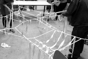 Expérimentation collective - technique de la corde à deux torons.