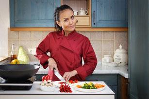 Thai Baan Neudorf; Yupin Seidel; thailändischer Kochservice; Foodtruck; Kochkurs, Thaifood, gesunde Ernährung, Restauran