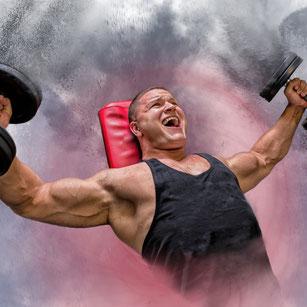 Training der oberen Brustmuskeln mit Kurzhanteln