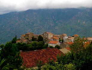 Zonca ein beliebtes Bergsteiger- und Wanderer-Dorf