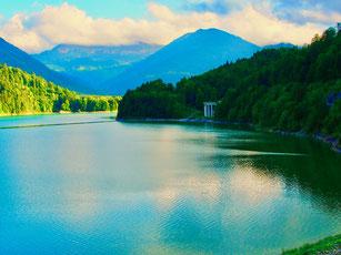 Sylvenstein-Wasser Speicher bei Fall