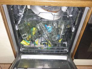 Spülmaschine  mit Glasflaschen