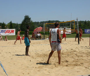 Terrain de beach-volley - Sauvagnon