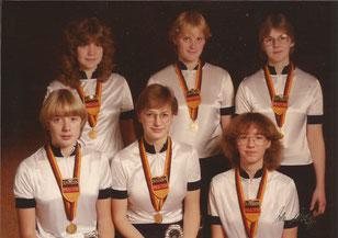 1983 in Korbach 6er Juniorinnen Kunstradfahren:  Janette Suhrhoff, Bettina Prieß, Astrid Löscher, Christiane Wesche, Heike Schnirring, Kirsten Freitag