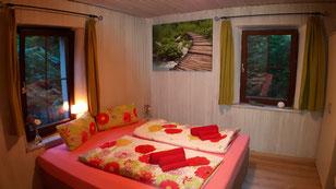 """Gästezimmer für zwei Personen in der Herberge """"Das Haus am Hang"""" in Schwäbisch Hall"""