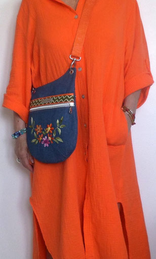 photo-sac-besace-bandoulière-beige-marron-or-laine-liège-