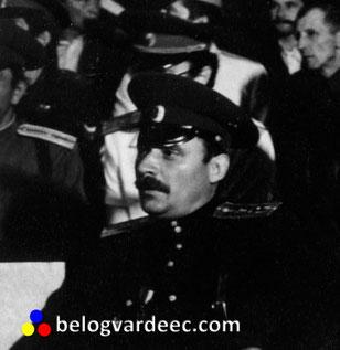 Юрий Галаган 1992 год. Сборище ряженых казаков, Новочеркасск, театр драмы и комедии.