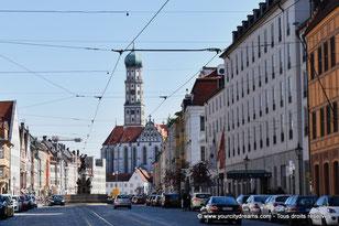 L'avenue Maximilianstrasse d'Augsbourg, avec ses palais à l´architecture Renaissance