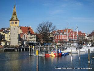 Le port de Lindau au bord du lac de Constance