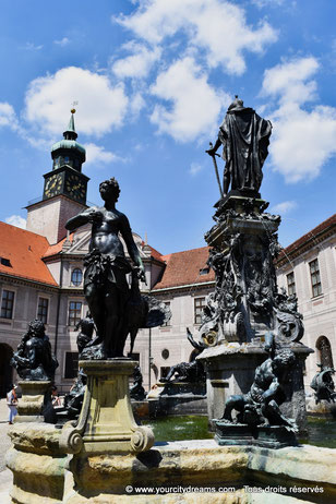 Une des fontaines de la Résidence des rois de Bavière à Munich