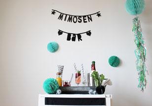 Bild: Ideen für Silvester und die Silvesterparty, Sekt al anders als Pimp your Prosecco Bar für Silvester mit Früchten und Säften