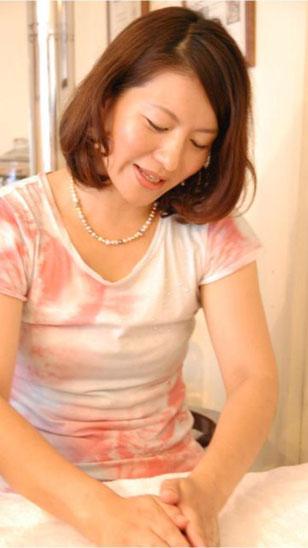 北海道札幌市中央区にあるセルフエスティームTouch協会  HOCORU代表の中島 直子です