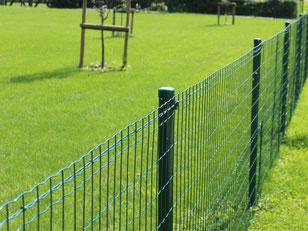 Pose de clôture souple - Entreprise de Parcs et Jardins Laurent Toussaint