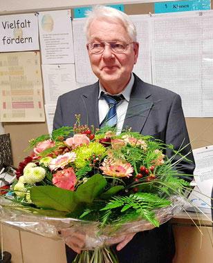 06.12.2018: Blumen zum 40-jährigen Dienstjubiläum
