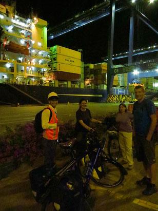 Wir sind in Südamerika! Ankunft abends in Cartagena.