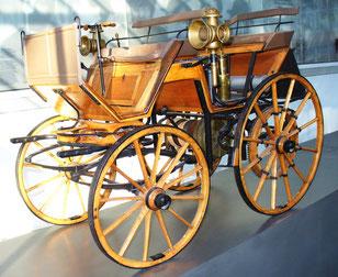 Daimler Motorkutsche Quelle: Wikipedia
