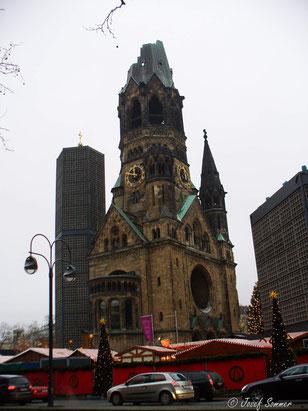 """""""Hohler Zahn"""" mit Weihnachtsmarkt"""