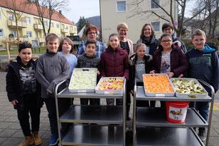 Schüler einer 5. Klasse der Mittelschule an der Weinberger Straße (Foto: Sturm)