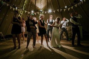 Lustig auch auf Hochzeiten: Stopptanz