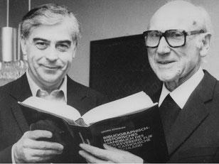 Propst Josef Kauff (re) und sein Nachfolger Propst Edmund Erlemann (li)