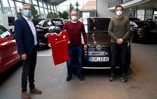 v.l Torsten Fleck, Autohaus Kröninger, Alfred Erfurt SFG, Kai Schuch SFG