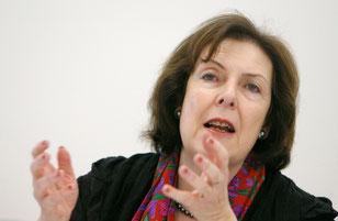 Christine Egerszegi: «Ein Gerät, dessen Herstellungskosten in China 50 Franken betragen, wird hier für über 2000 Franken verkauft. Da muss man Massnahmen ergreifen».