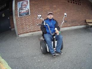 Rollstuhl Segway Mobility-Cube modern Mobilität Alltagshilfe Behinderung überwinden gehbehindert