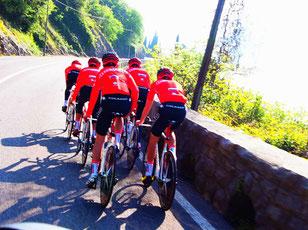 viele Radsport-Teams trainierten hier für den Giro