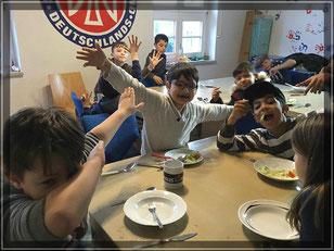 Fotor: Spaß und Action in der Spunk-Kochgruppe