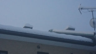 雪 スカイライトチューブ3