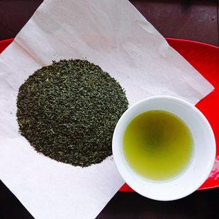 静香園の深蒸し茶芽茶