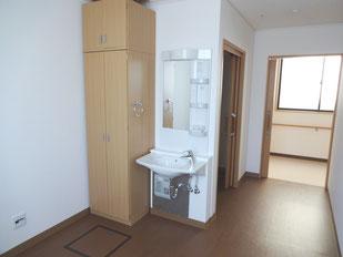 個室(入り口側)