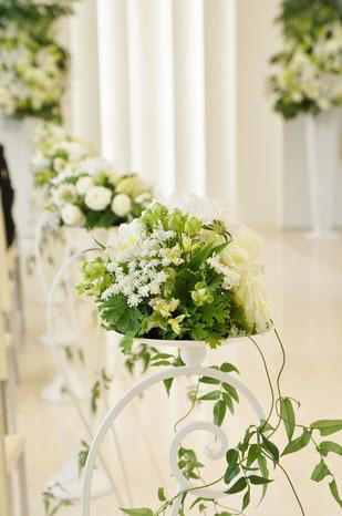 結婚式 ウェディング ゲスト 瑞々しいグリーンとホワイトでナチュラルに