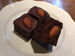 豊橋のアコーディアナのスイーツおせち【スイーツ二重奏のチョコレートケーキ】