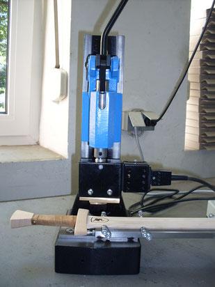 Handhebelpresse mit elektrischem Brennstempel