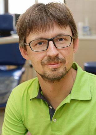 Zahnarzt Alexander Dehmel in Taucha bei Leipzig Paunsdorf Thekla Mockau