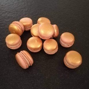 Macarons irisés au foie gras