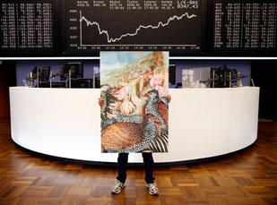 Pete Jones mit dem Makro Money Projekt  an der Börse Frankfurt a. M. | Foto © Ralph Orlowski