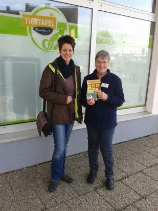 Katrin Anfang mit Inge, Foto: Linke
