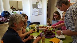 Hilde hat  für die Mädels gebacken,  Foto: Oetken